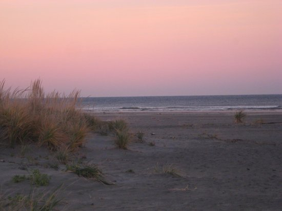 Quinault Beach Resort and Casino: sunrise on the first morning at the Quinault