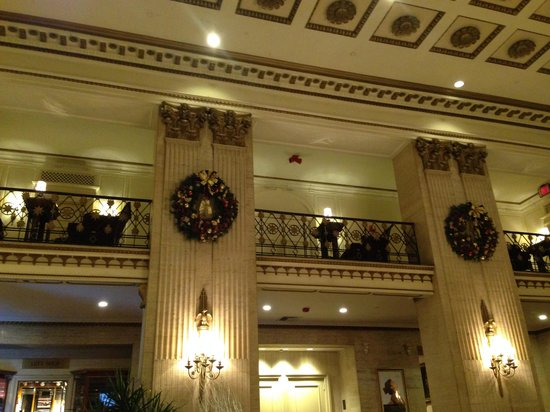 The Roosevelt Hotel: The lobby at Thanksgiving