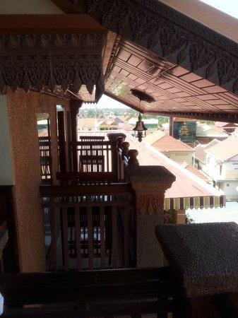 Okay 1 Villa: Крыша