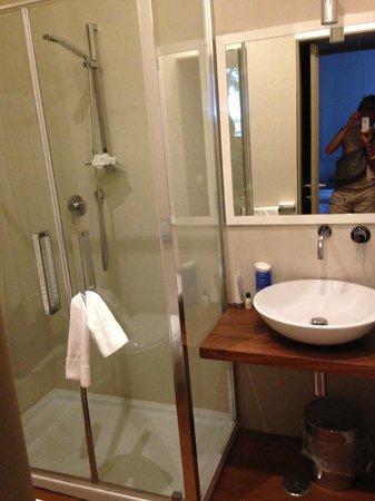 Dimora Novecento Roma - Suite & Breakfast : Bathroom