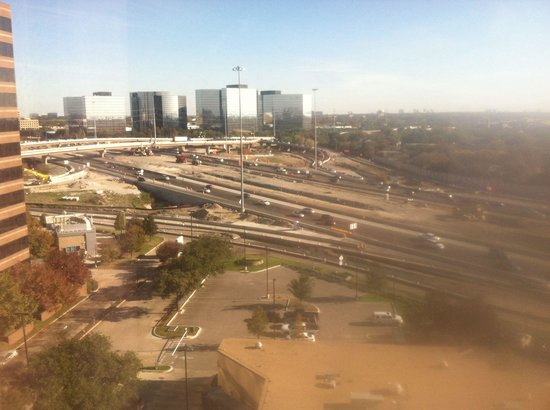 Sheraton Dallas Hotel by the Galleria: View from 12 floor west side of bldg