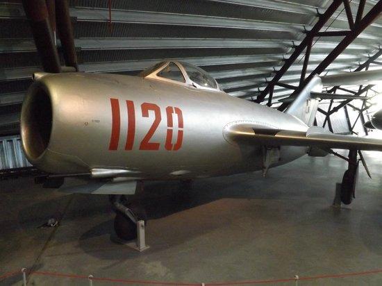 Royal Air Force Museum: Mig 17