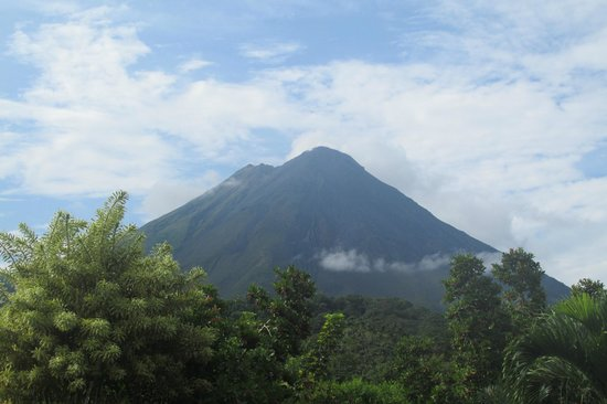 Arenal Paraiso Hotel Resort & Spa: The view from our room