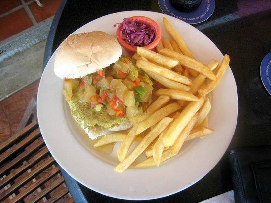 Rum Runners : basic burger