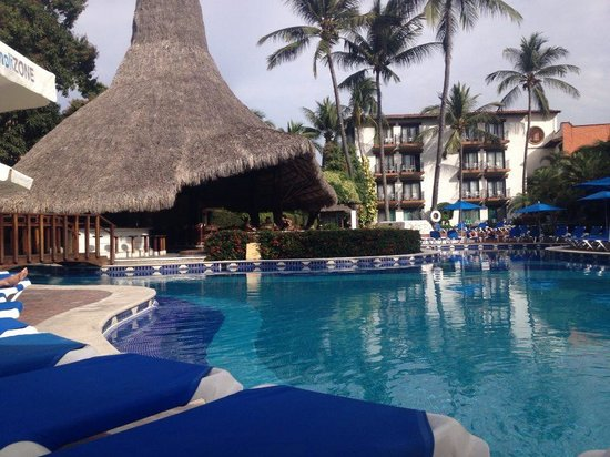 Hacienda Buenaventura Hotel & Mexican Charm All Inclusive: Bliss - by the pool in the morning
