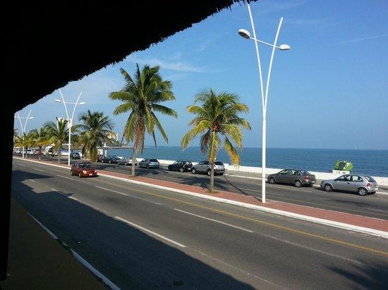 Holiday Inn Veracruz-Boca Del Rio: Vista desde el restaurant de la alberca.