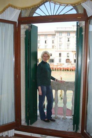 Hotel Canal : Прекрасный вид из окна номера