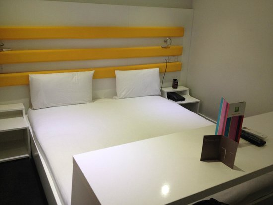 Ibis Styles London Croydon : Room