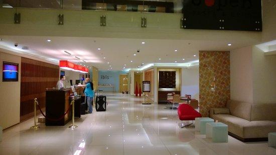 Ibis Riyadh Olaya Street : Ibis's lobby