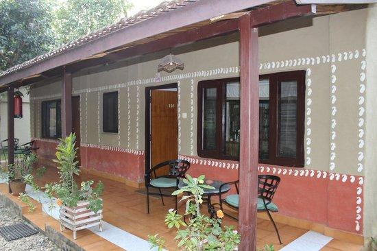 Narayani Safari Hotel: Accommodation block