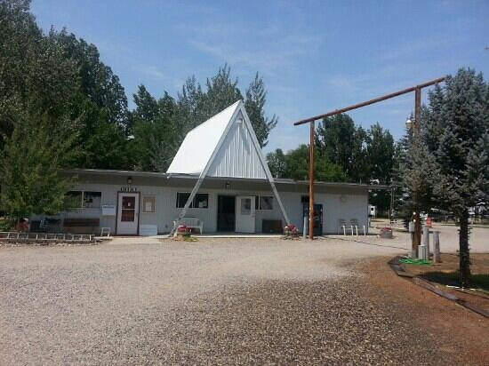 Worland RV Park & Campground: Camp Office