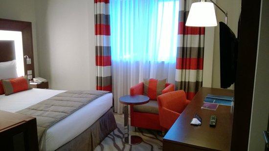 Novotel Dubai Al Barsha: standard room