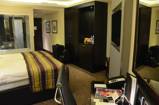 The Montcalm London Marble Arch: Club twin room