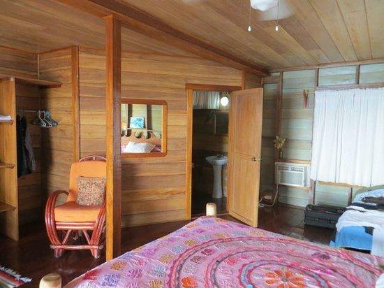 Casa Acuario: the room