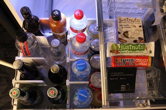 Andaz Amsterdam Prinsengracht: Minibar grátis (exceto bebidas alcóolicas)