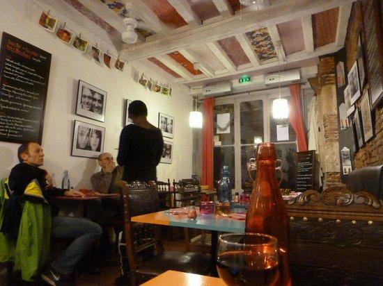 Roulotte Toulouse idéal pour un anniversaire entre amis! - photo de la roulotte