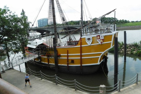 The Santa Maria Columbus: A side view of the ship