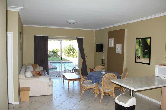 Carmel Huys Lodge: The sitting corner