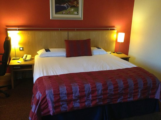 Radisson Blu Hotel & Spa, Limerick: Room