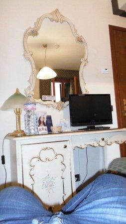 Hotel Commercio & Pellegrino: La nostra stanza