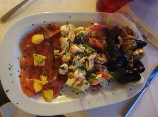 Hotel Vela Azzurra: Ассорти из морепродуктов