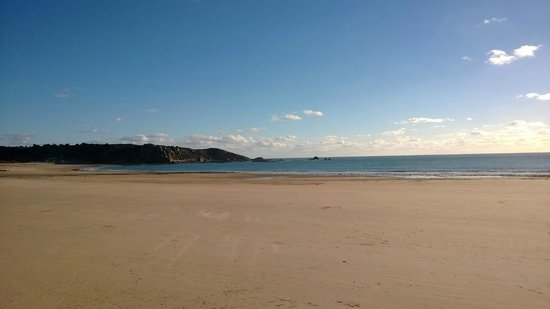 The Atlantic Hotel: Beach at St Brelade