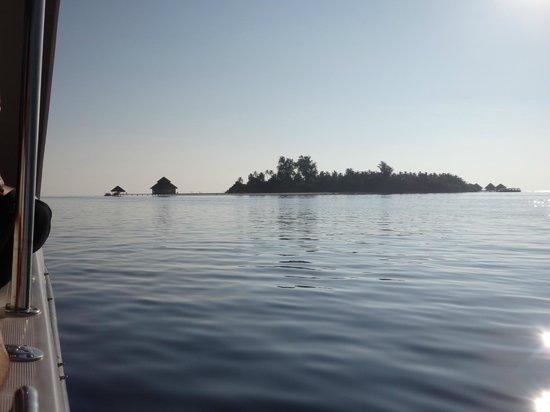 Adaaran Club Rannalhi: Arrivée sur l'île
