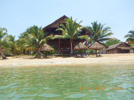 Gîte Guyan: arrivée au gîte par la mer