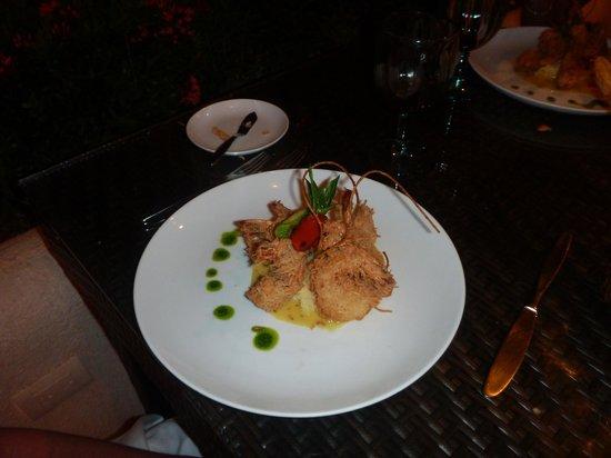 El Suspiro Restaurante: Coconut shrimp