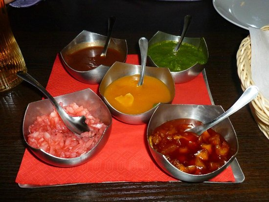 Sanskruti Restaurant : Excellent array of sauces, two of which neither of us had ever had before.