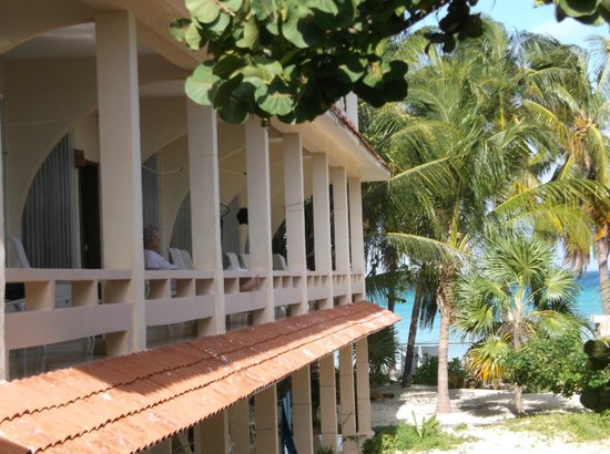 Cabanas Maria Del Mar: balconies for every room in this section