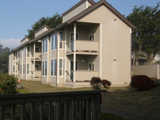 Seacliff on the Bluff: All units face west and have an enclosed & separate porch area.