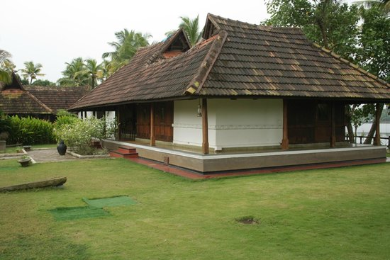 Vasundhara Sarovar Premiere: Traditional cottage - suite