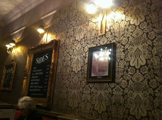 The Crutched Friar: Nice pub