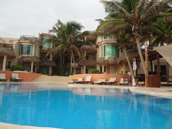 Playa La Media Luna Hotel: Pool