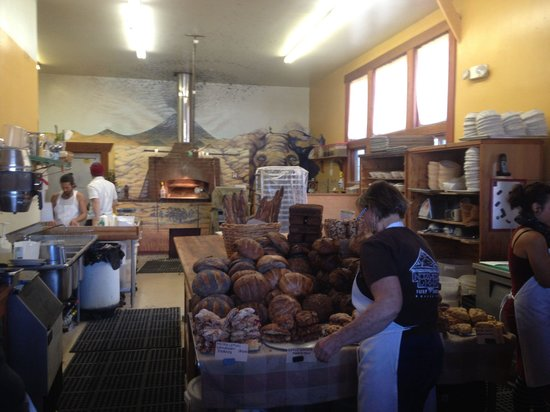 Freestone, CA: Many varieties of yummy bread and scones.