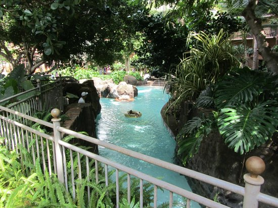 Aulani, a Disney Resort & Spa: Waikolohe Valley