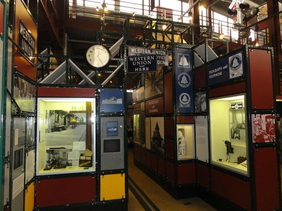 Steamtown National Historic Site : telephone and telegraph exhibit