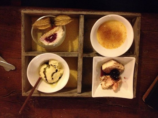 Die Scheune Restaurant: Köstliche Desertvariation schön angerichtet.