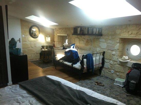 Une Chambre Chez Dupont : chambre