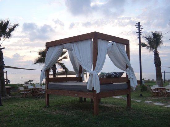 Amphora Hotel & Suites: Bed outside Suite 48