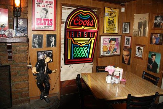Décoration du restaurant picture of peggy sue s