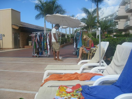 Be Live Family Costa los Gigantes: pool area