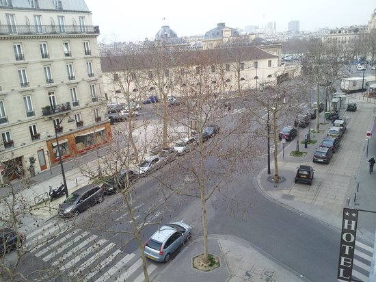 Hotel Eiffel Turenne : view from the room