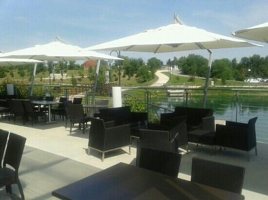 vista dalla terrazza panoramica - Foto di Ristorante Pizzeria Oasi ...