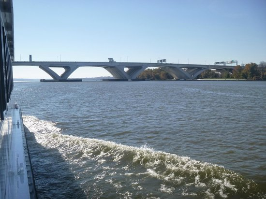 Potomac River Tours In November