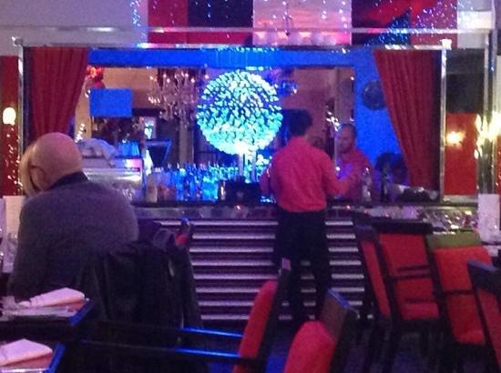 The Cumberland Hotel: bar ventana