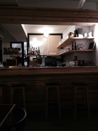 Ruzanuvol Craft Beer & Food : Il bar!!!