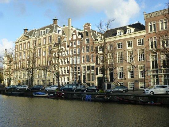 Hotel Keizershof: Canal houses