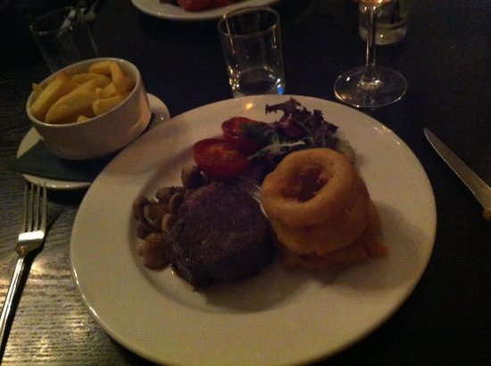 31 Castlegate Restaurant: Fillet steak-amazing :-)
